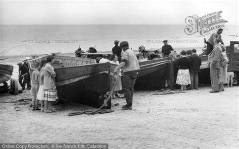 fishing boat east runton menu cromer fishing boats c 1960 francis frith
