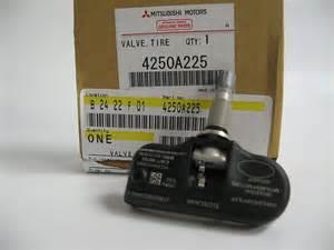 Mitsubishi Tire Pressure Sensor 2004 2011 Genuine Mitsubishi Outlander Tire Pressure