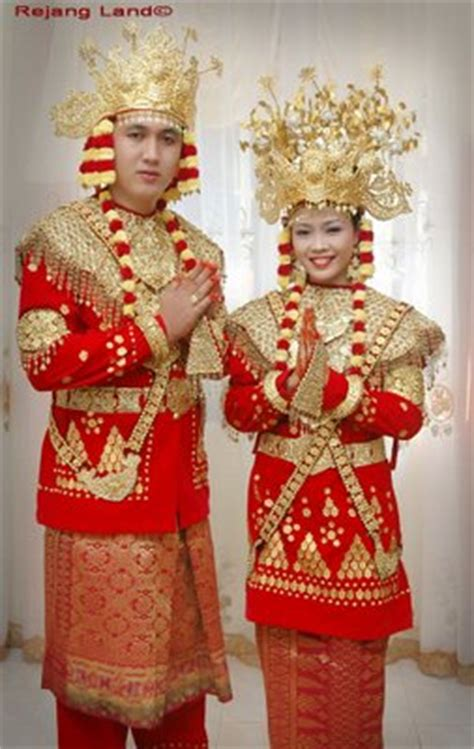 Baju Bodo Sumatera mengenal indonesia ayuisnaini s