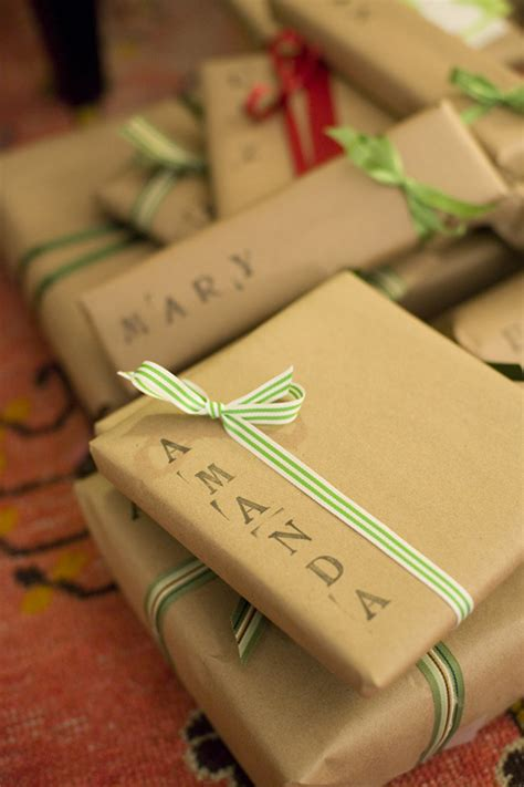diy gift wrapping ideas 18 original diy gift wrap ideas style motivation