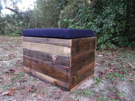pallet ottoman diy pallet wood storage ottoman pallet furniture plans