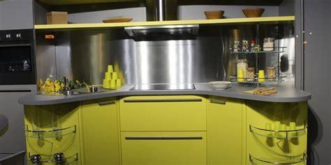 mini cuisine int馮r馥 relooking de la cuisine quelle couleur de peinture pour