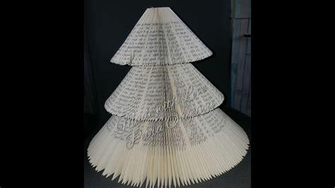 figuren aus papier schneiden weihnachtsbaum aus einem buch schneiden und falten 21 10