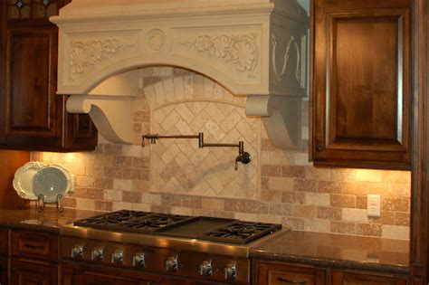 travertine kitchen backsplash ideas tile backsplash travertine 1