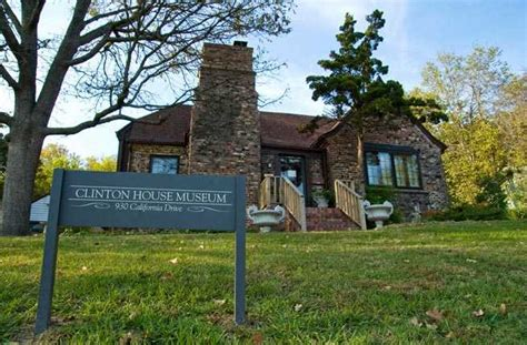 bill and hillary house 10 quirky things you can do in northwest arkansas fodors