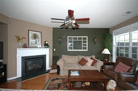 green accent wall 17 best images about living room on pinterest olives