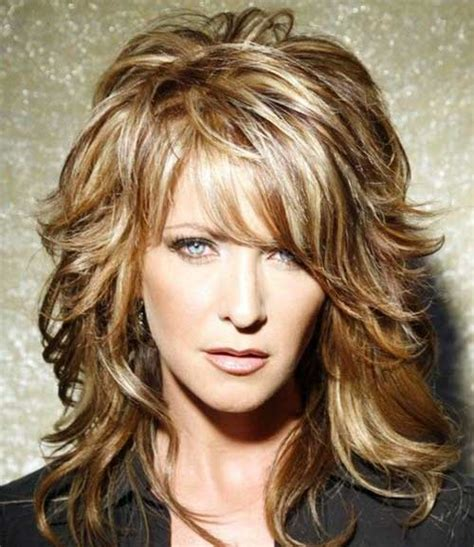 medium shaggy hairstyle for women over 40 medium length shaggy layered hairstyles for women over 40