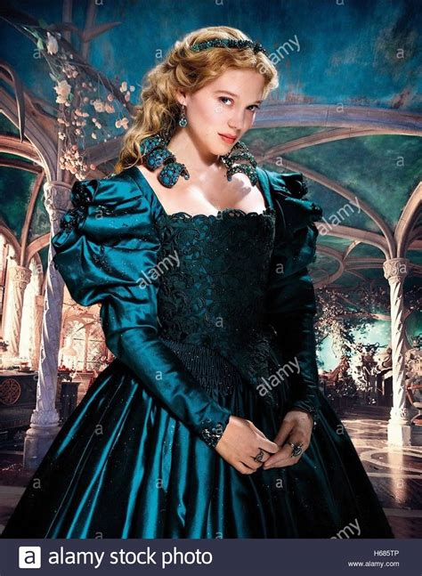 lea seydoux la belle lea seydoux beauty and the beast la belle la bete 2014