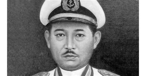 Bung Tomo Soerabaja Di Tahun 45 Seri Tokoh Militer Tempo gambar foto pahlawan nasional indonesia gambar laksamana laut r e martadinata pahlawan