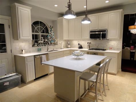 benjamin moore white dove cabinets benjamin moore white dove kitchen cabinets ideas railing