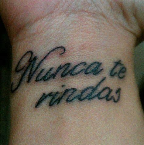 imagenes de give up 2 48 ideas de tatuajes de frases de hombre mujer fotos
