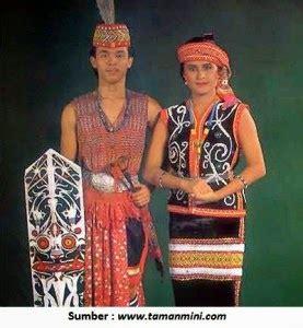 Celana Adat Bali khoirul anwar pakaian adat kalimantan tengah bali tugas 3