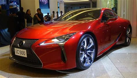pimped lexus 2017 the basic road markings in the philippines and what each