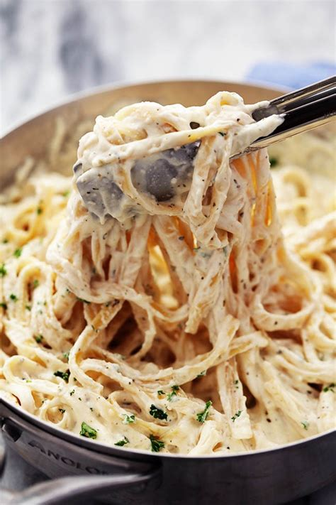 the best alfredo sauce the recipe critic