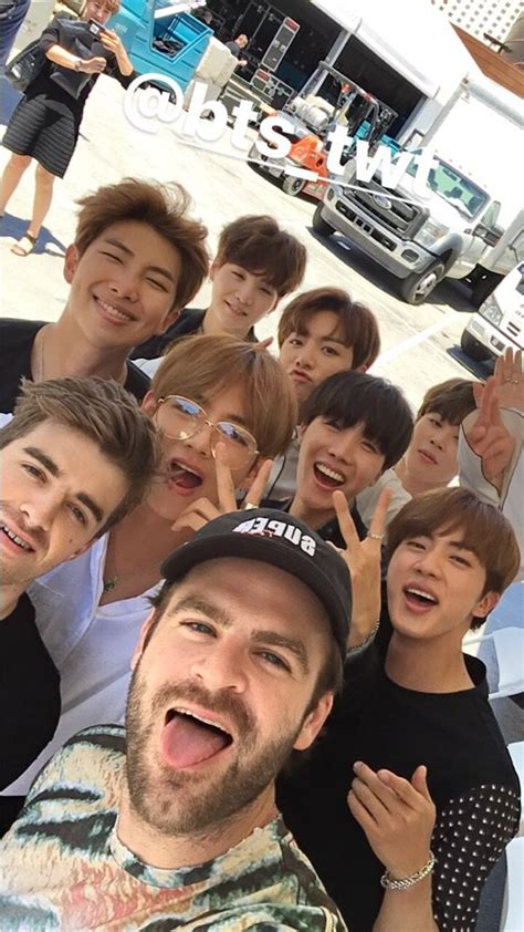 bts chainsmokers b 234 n lề bbma 2017 bts quot hội ngộ quot the chainsmokers th 234 m một