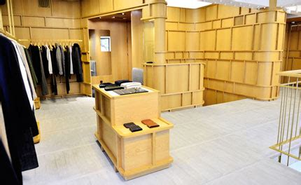 Apc Opens Discount Store In by Apc Opens In Seoul S Cosmopolitan Itaewon Neighbourhood