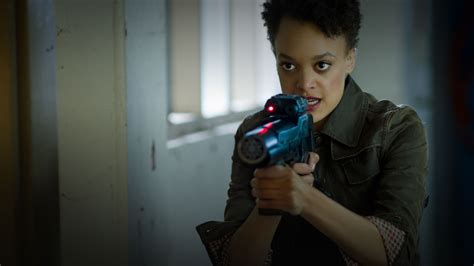 show syfy hunters syfy releases new tv series trailer canceled tv