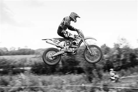 motocross bikes for beginners photographing a motocross event with your dslr