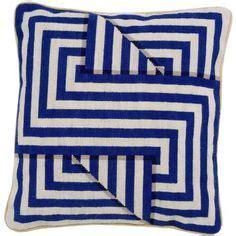 brave felicity celtic knot pillow diy celtic knots needlepoint patterns and celtic on pinterest