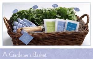 Gardener Gifts Ideas Gardener S Basket Evermine
