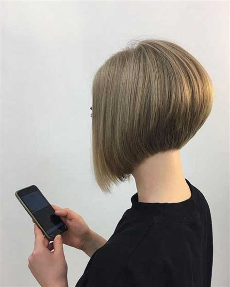 graduation bob hairstyle stylish and eye catching 19 graduated bob haircuts short