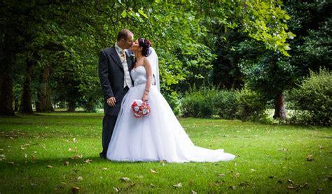 wedding photographer price uk wedding photography prices wedding photography packages