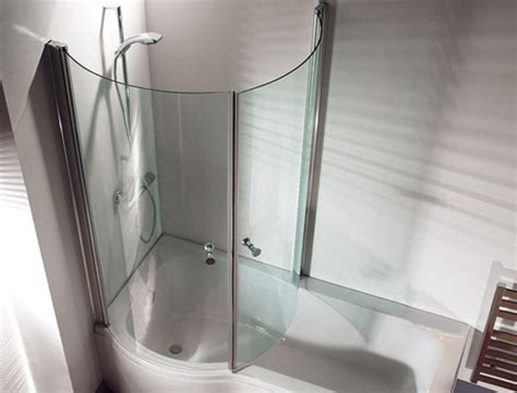 curved shower screen for corner bath prysznic w wannie