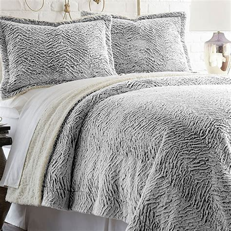3 piece king faux fur comforter set in charcoal