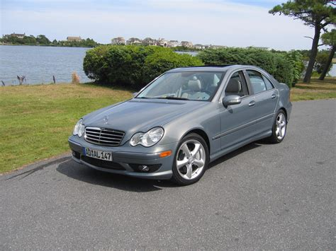 how to learn about cars 2007 mercedes benz c class security system review photo and video review of mercedes benz c230 2007 allgermancars net