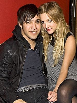 Pete Wentz Opens Loser Bar In Nyc by Tracks Tuesday May 1 2007