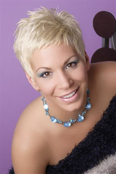 picture of short hair cuts for women with turkey neck short cropped haircuts for women