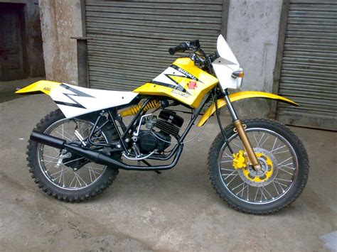 import motocross bikes more customs from royal mech s workshop 350cc com