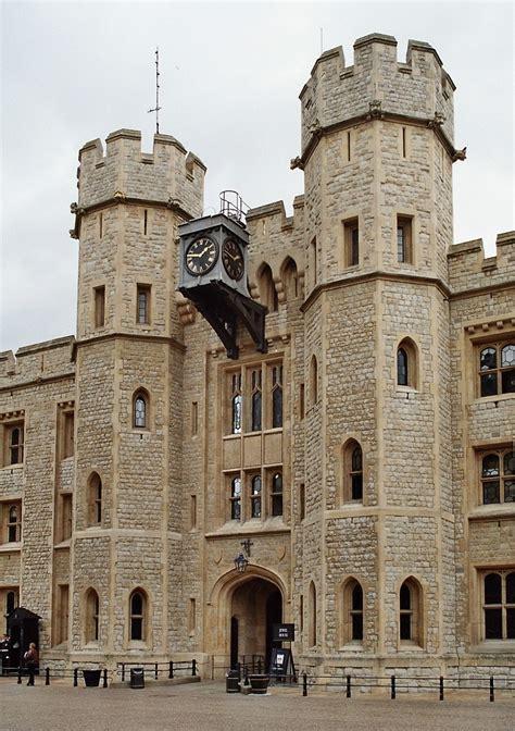 the jewel house file london tower jewel house 2005 05 jpg wikimedia commons