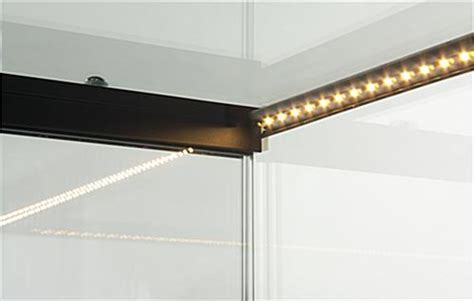 LED Lit Jewelry Showcase   Black Corner Vision Case