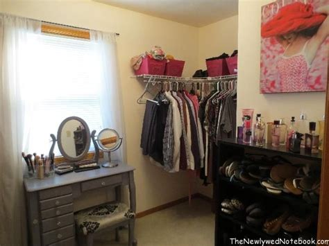 turn a bedroom into a closet 1000 ideas about small bedroom closets on pinterest