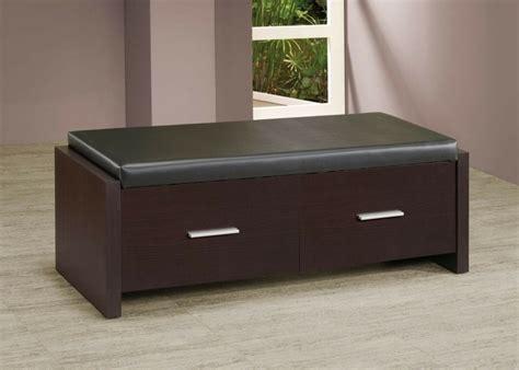 banc pour chambre à coucher bout de lit coffre un meuble de rangement astucieux