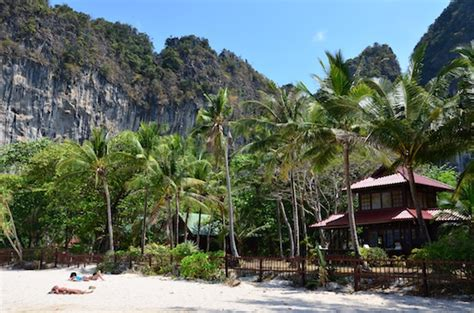 railay cabana bungalows where to stay on railay review