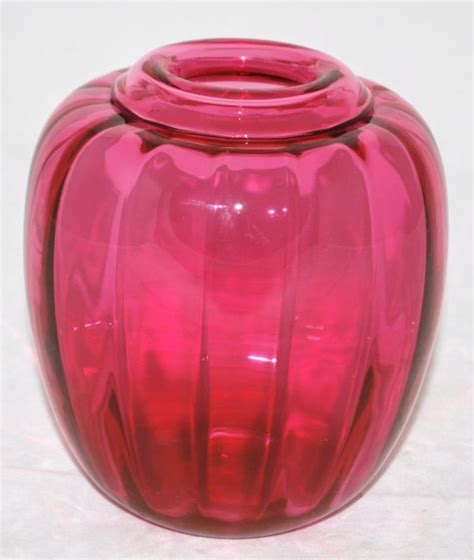 Cranberry Vase 604 Best Images About Cranberry Glass On Pinterest Glass