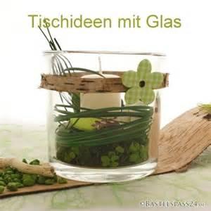 bilder und dekoration glasvasen selber dekorieren f 252 r die tischdekoration fr 252 hling