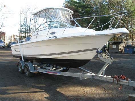 wellcraft boats for sale in maine 2004 wellcraft 220 coastal power boat for sale www