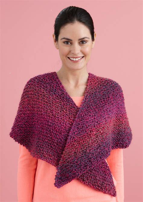 knitting pattern homespun yarn v shawl in lion brand homespun 80442d