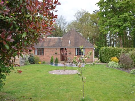 Cottages In Somerset With Dogs by 1 Bedroom Cottage In Salisbury Friendly Cottage In Salisbury Dorset And Somerset