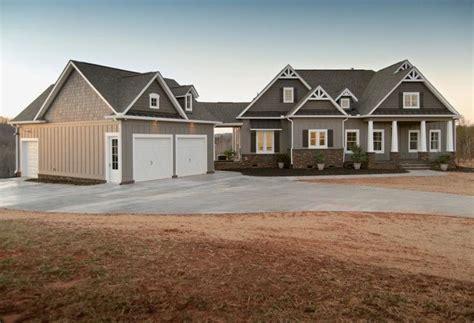 detached garage with breezeway home