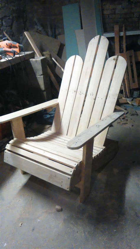 chaise palette chaise en bois de palettes adirondack pallet chair