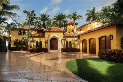 celebrity homes enrique iglesias miami house haammss a sunset islands home once owned by enrique iglesias