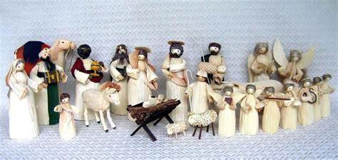 corn husk doll nativity set world nativity nativities from third world and developing