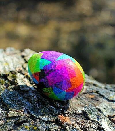 pretty easter eggs pretty paper mache easter eggs allfreekidscrafts com