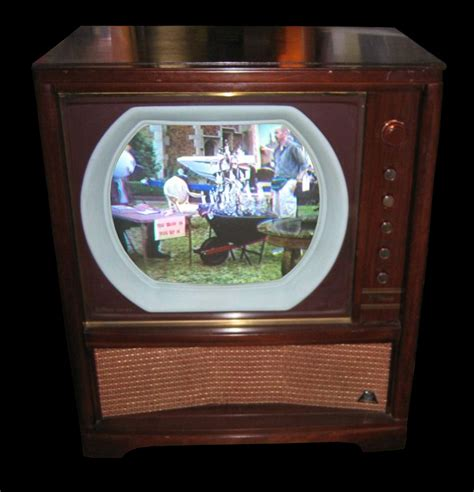 when did color tv began dokumentation hoffman colorcaster m4021a 1955