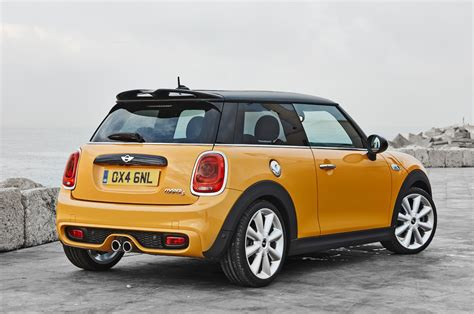A Mini Cooper by 2014 Mini Cooper Reviews And Rating Motor Trend