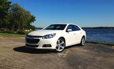 recall chevy malibu 2014 chevrolet malibu recalled for faulty brakes